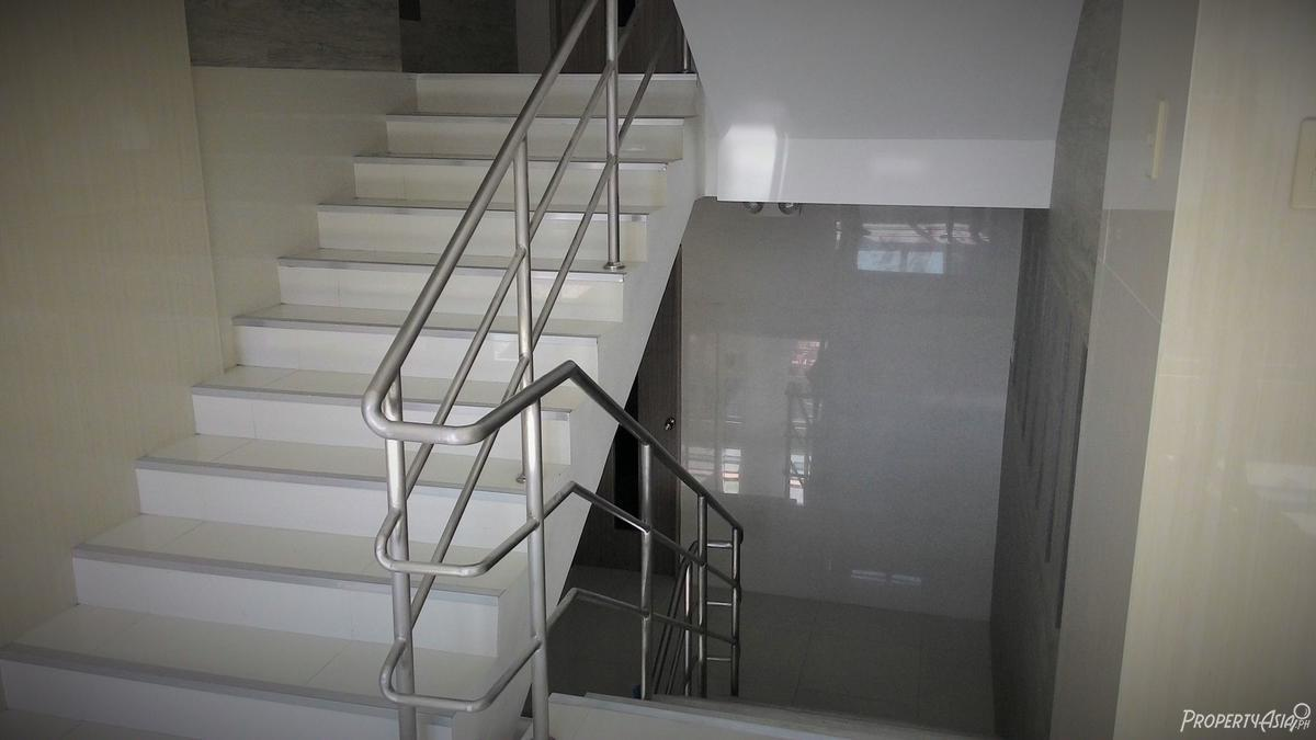 500 sqm office building for rent in quezon city philippines for
