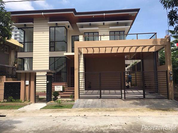 Elegant 3 Bedroom Townhouse For Sale In Novaliches
