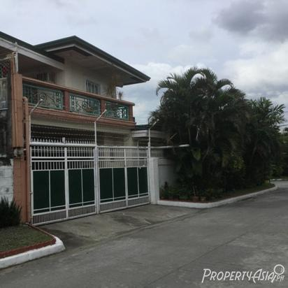 5 Bedroom Single Attached House For Sale In Better Living, Parañaque City